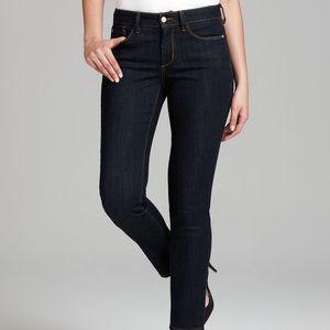 NYDJ Dark Wash Stretchy Jeans size 8 Petite